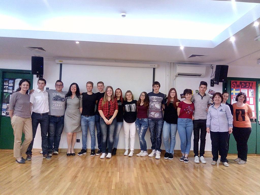 Mercoledi´, 24 maggio, i ragazzi  della scuola media superiore italiana di Rovigno hanno presentato presso la Comunita´ degli Italiani i risultati del loro progetto Erasmus+