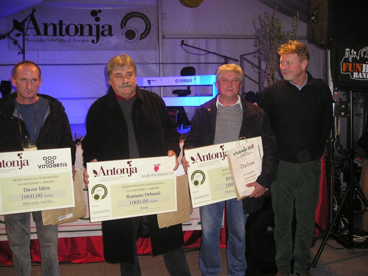 Sagra di Sant'Antonio – Trionfano Panjoka, Dobravac, Iskra, Orbanić e Rajko - glavna fotografija