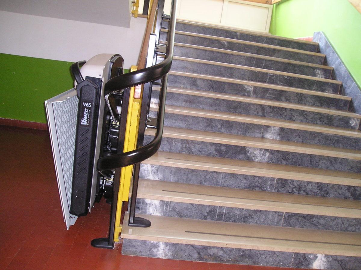 Installata alla Juraj Dobrila la piattaforma per alunni con disabilita' - glavna fotografija