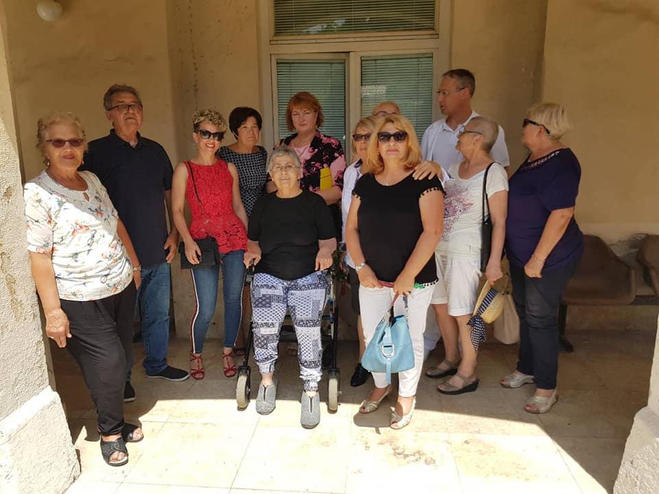 Udruga ŽenaDonna donirala fotelju za kemoterapiju OB Pula