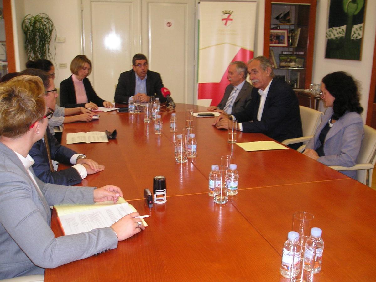 Firmati i contratti per le linee di credito destinate allo sviluppo dell'artigianato e dell'imprenditoria - glavna fotografija