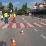 E' iniziata l'installazione dei marcatori stradali LED e  il tracciamento delle strisce pedonali rosse 2