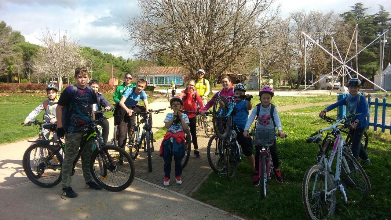 (Hrvatski) Održana je 4. biciklijada Dječjeg gradskog vijeća