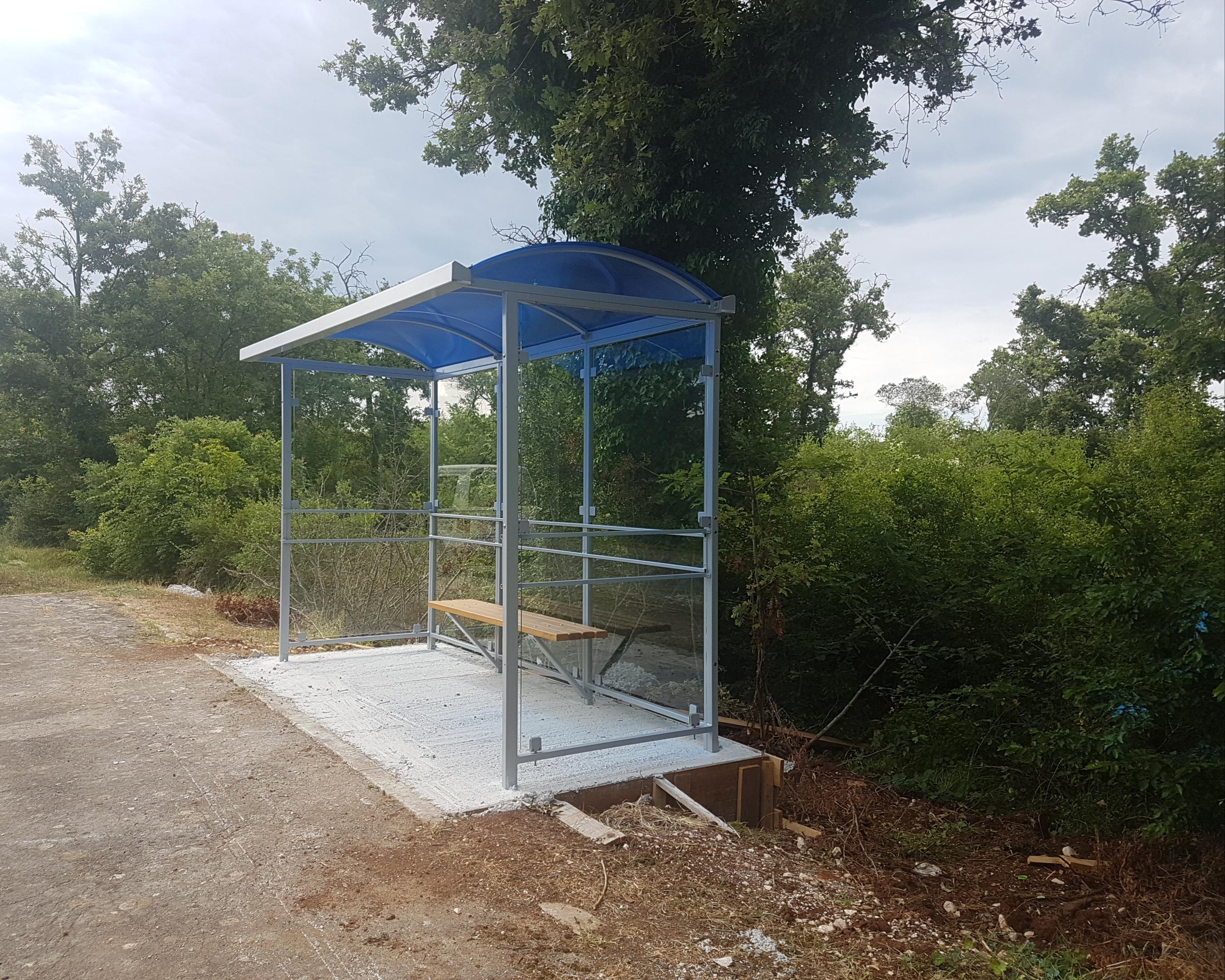 Nove autobusne nadstrešnice