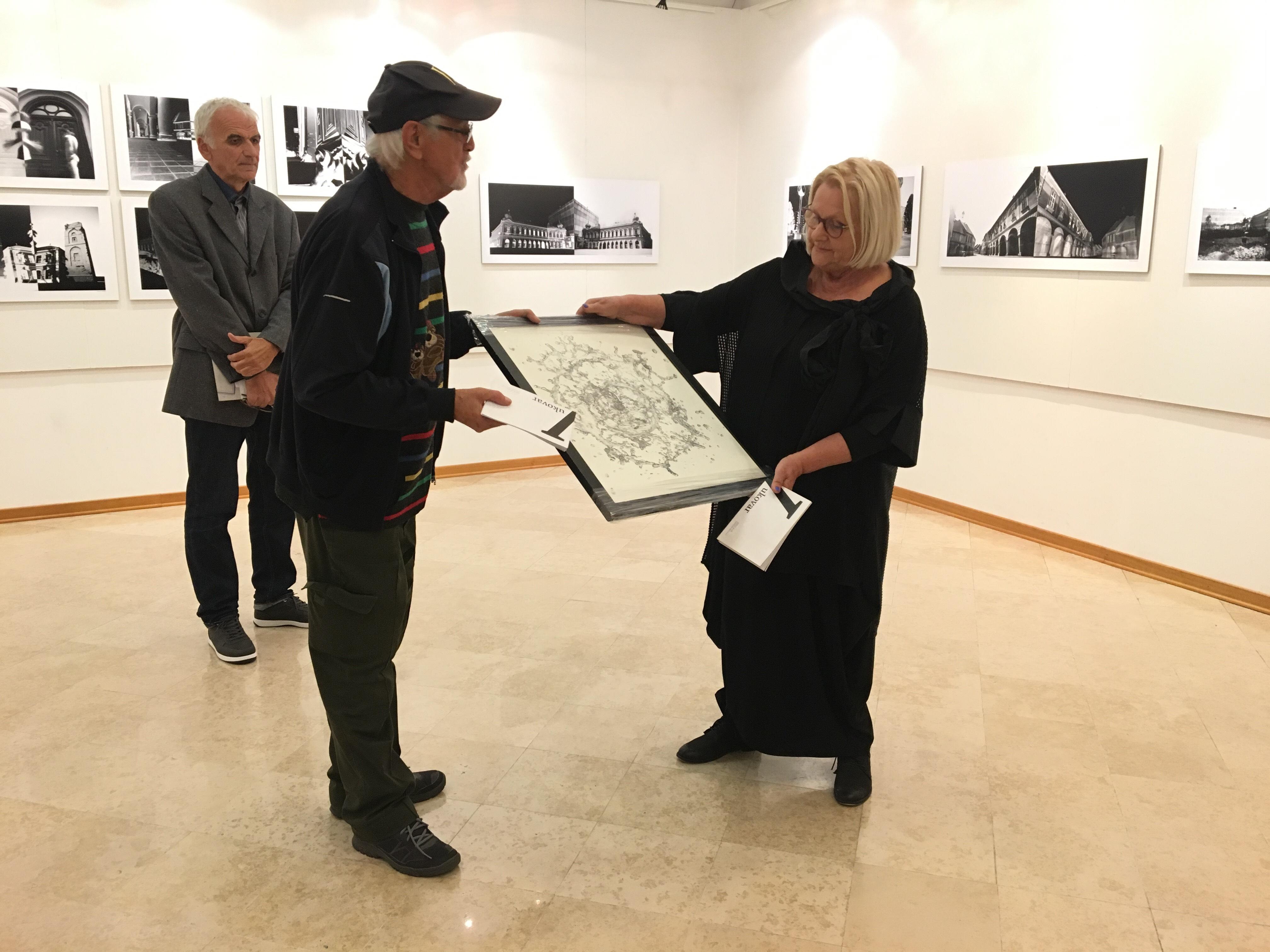 """Inaugurata la mostra """"Vukovar – ritratto di una città con la camera oscura"""""""