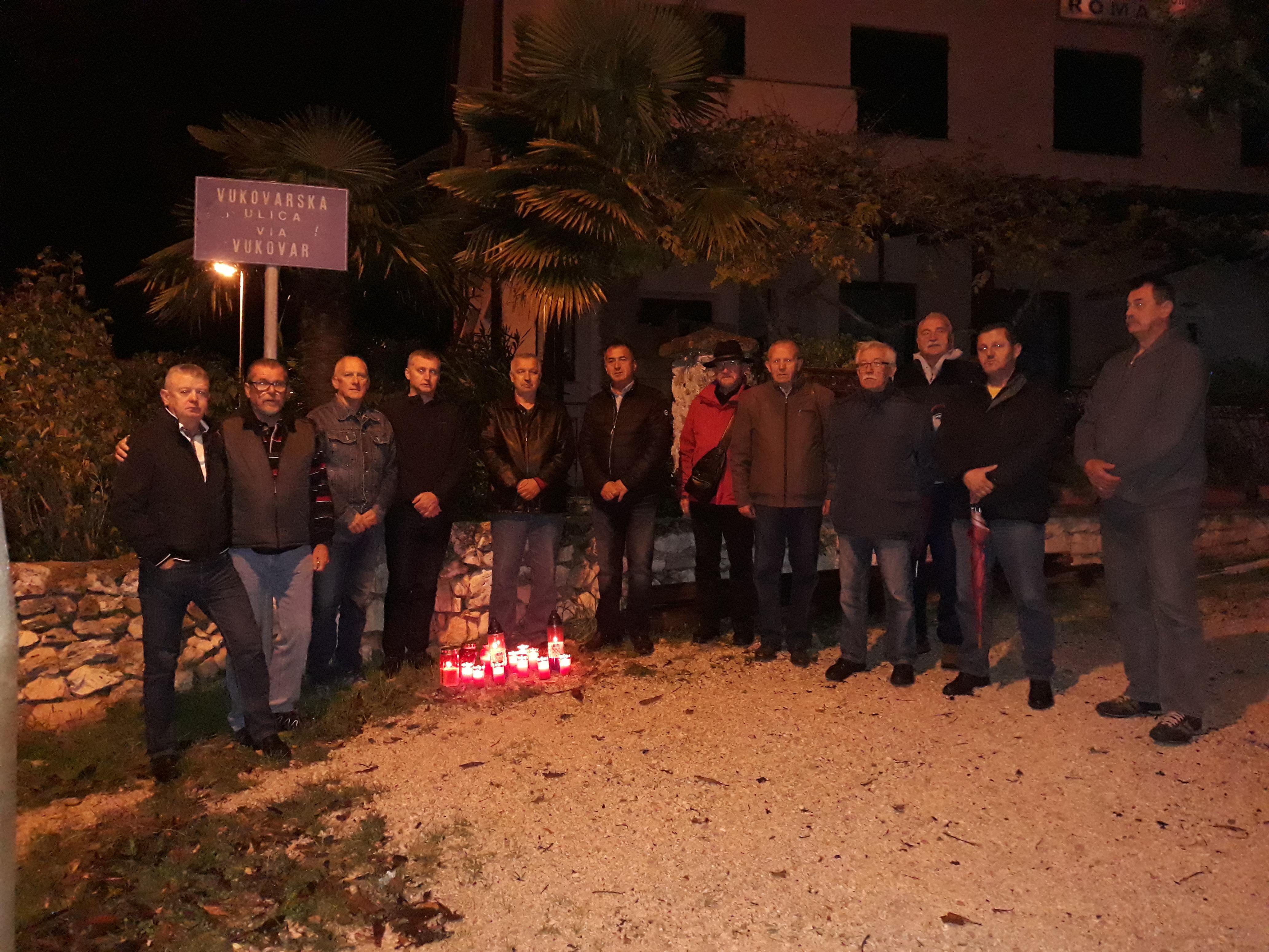 Commemorate le vittime di Vukovar e Škabrnja