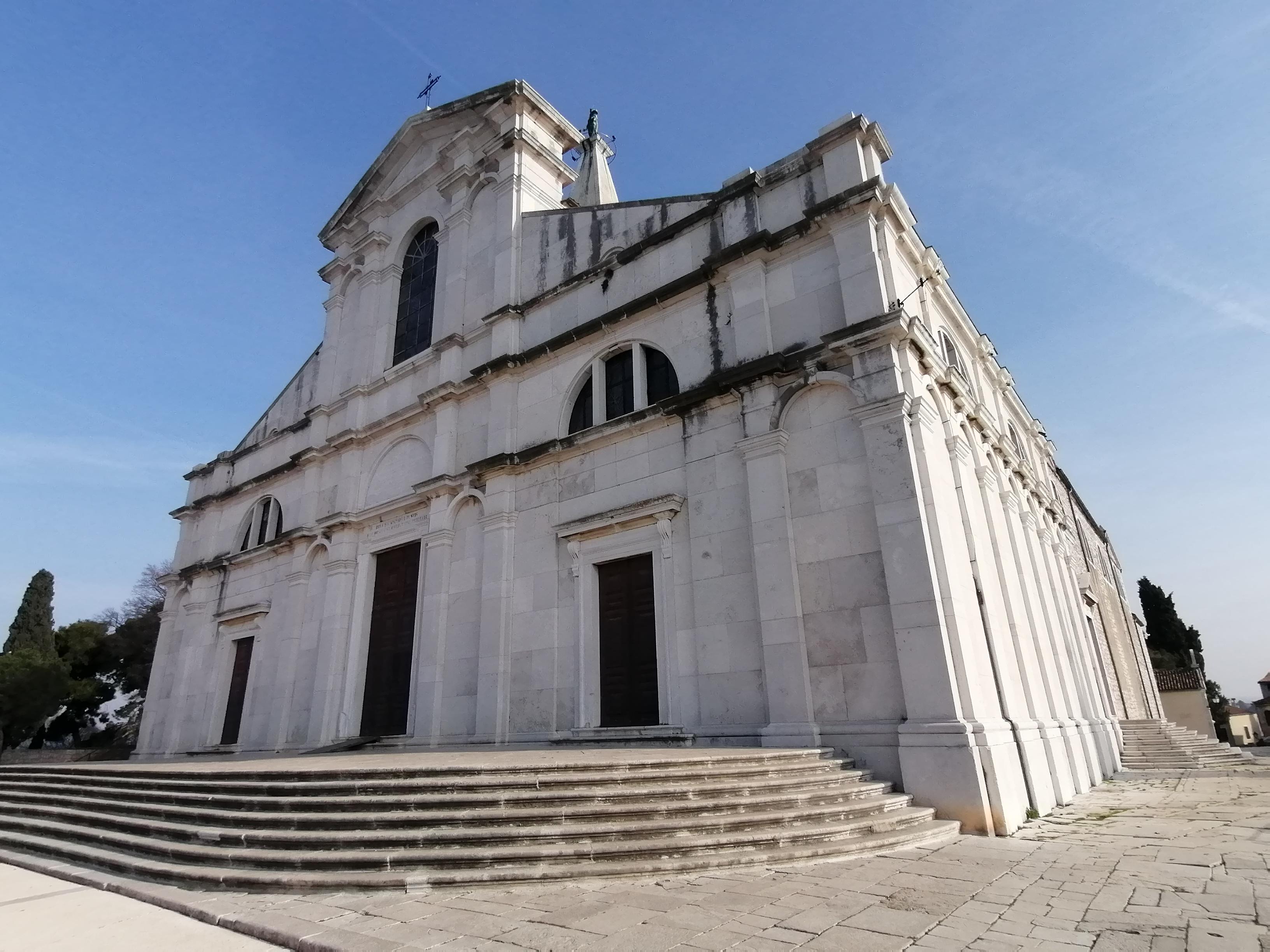 Nastavlja se s radovima na sanaciji krova crkve sv. Eufemije