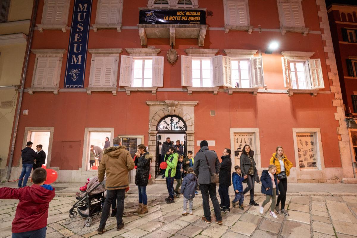 Grande successo della Notte dei musei - glavna fotografija