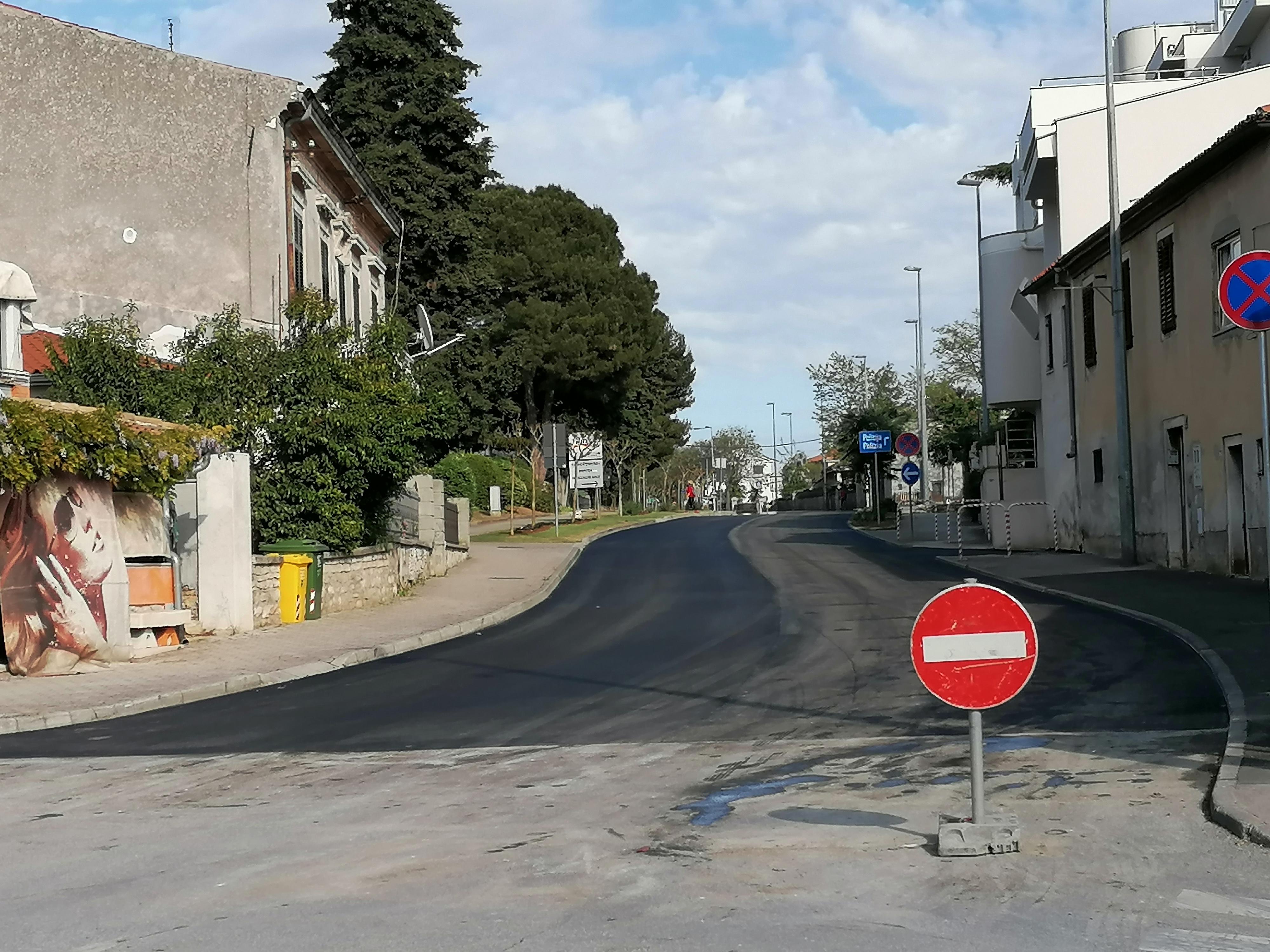 È pianificata la costruzione di una rotatoria all'incrocio tra via dell'Istria e circonvallazione f.lli Lorenzetto
