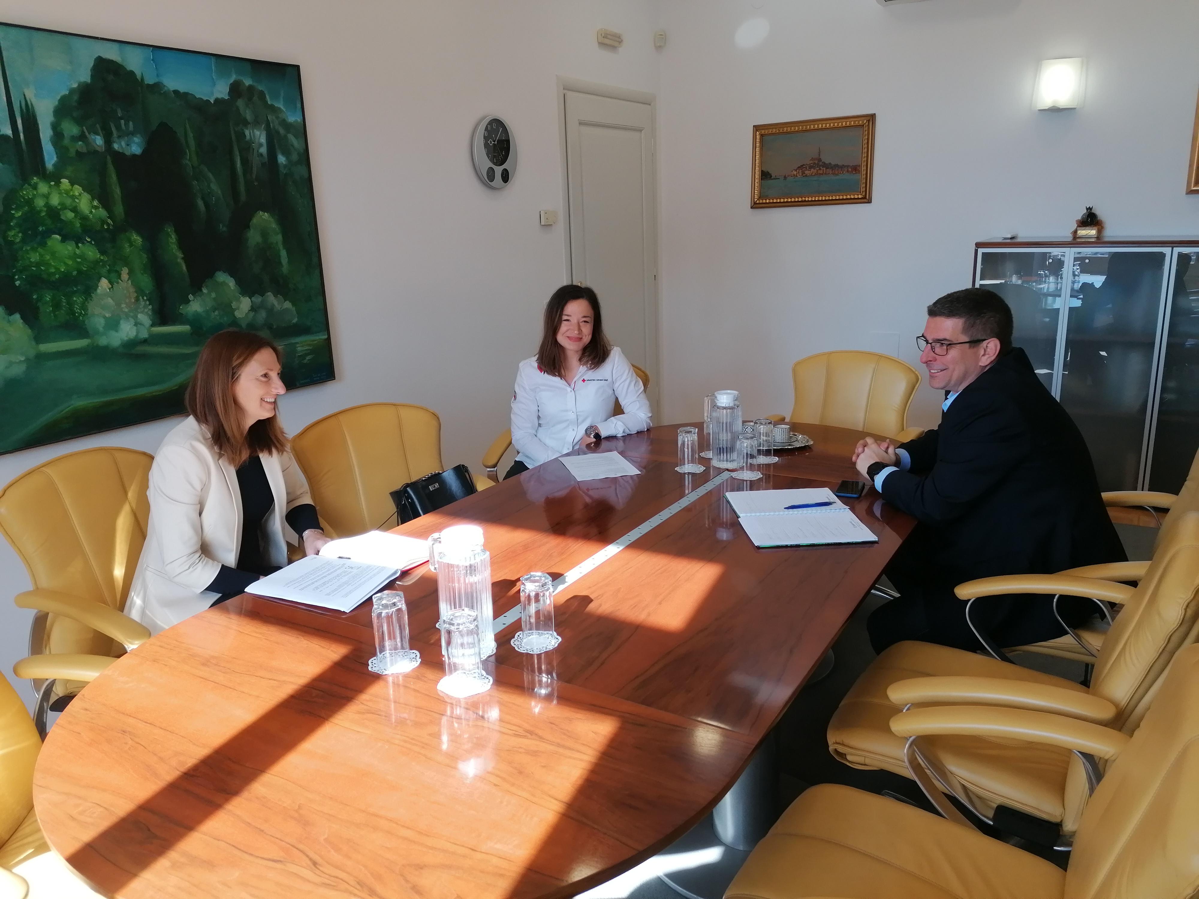 Gradonačelnik uputio zahvalu volonterima povodom Međunarodnog dana Crvenog križa