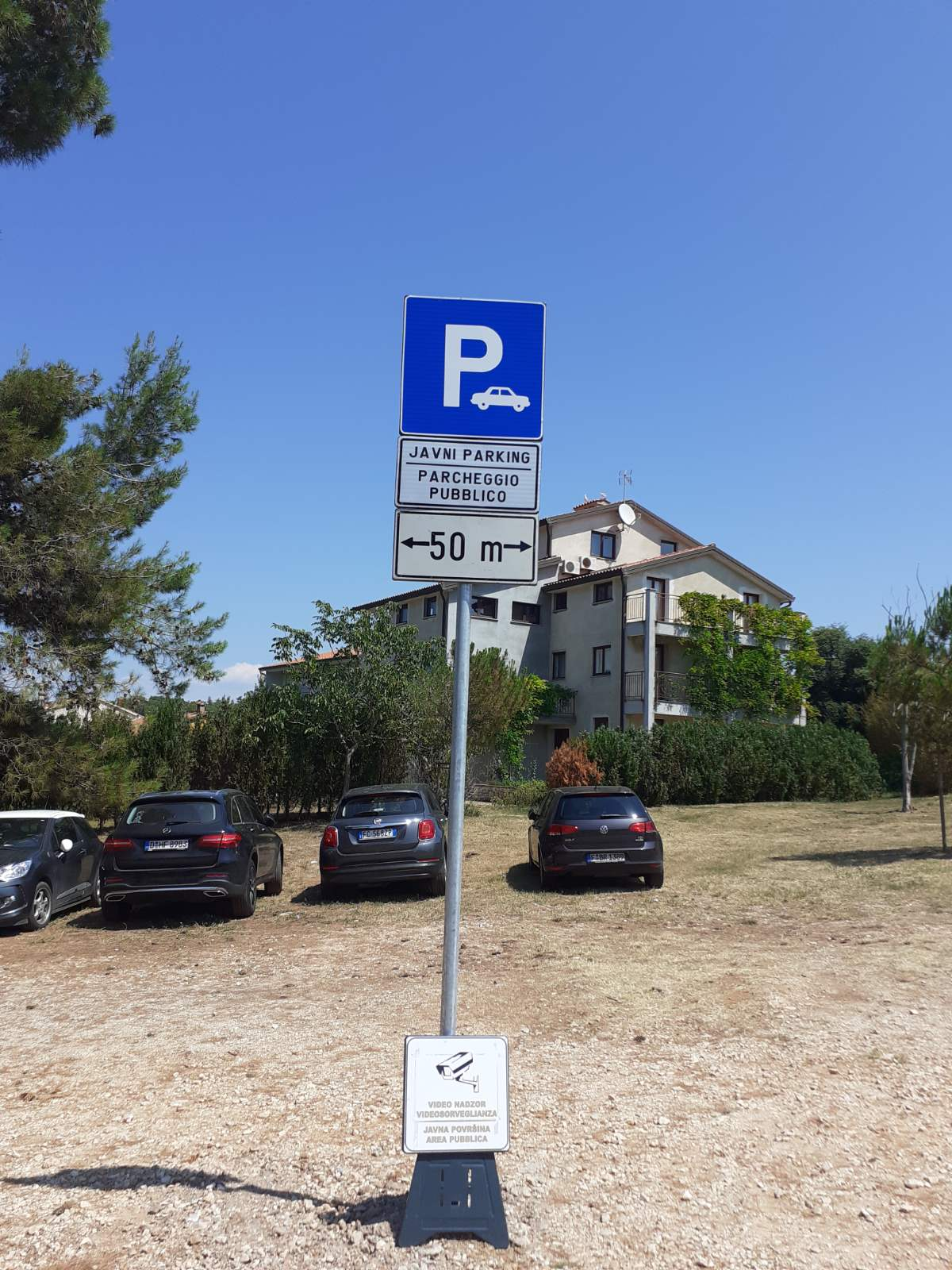 Prisvojeni parking vraćen u javnu upotrebu
