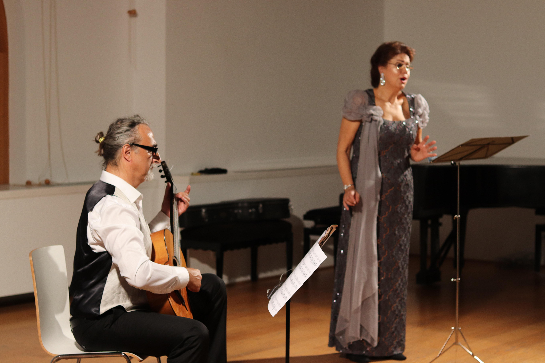 La mezzosoprano Katja Markotić e il chitarrista Saša Dejanović si sono esibiti al CMM