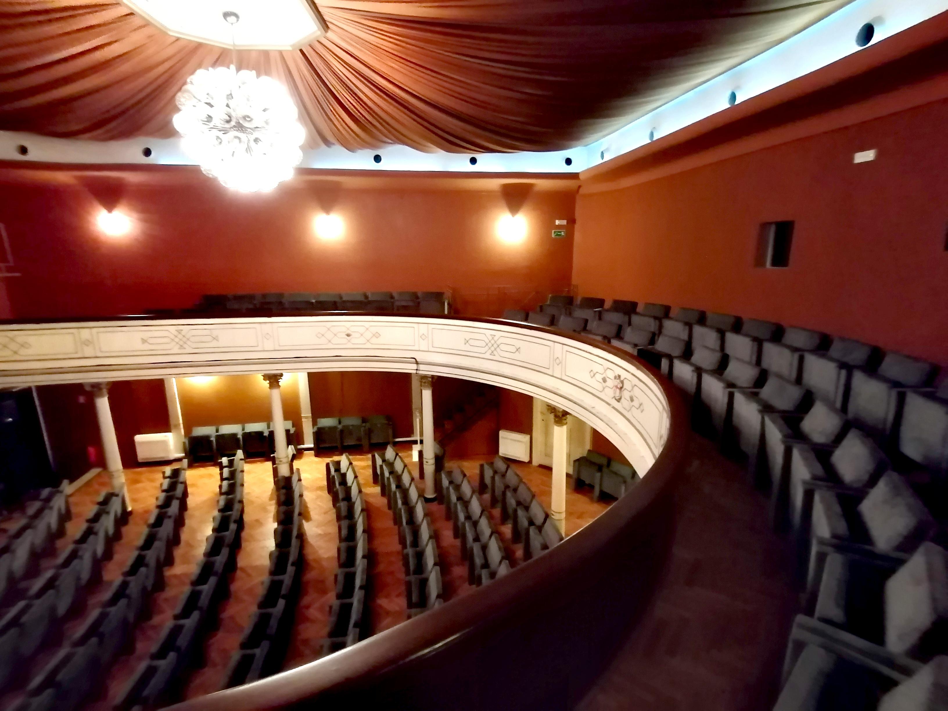 Dovršena obnova balkona kazališta «Antonio Gandusio»