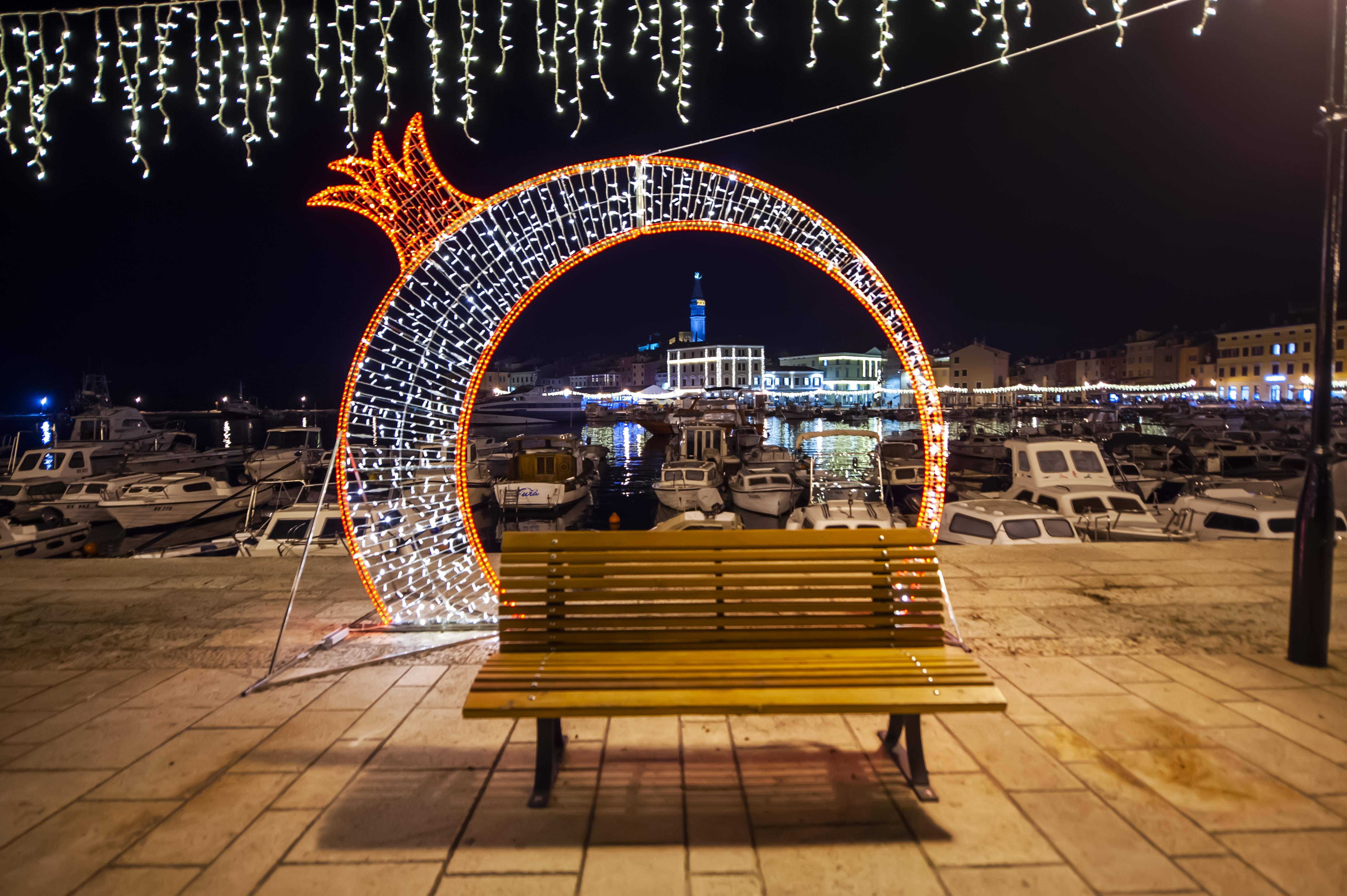 Božićna Čarolija u Rovinj-Rovigno stiže u minimalističkom izdanju