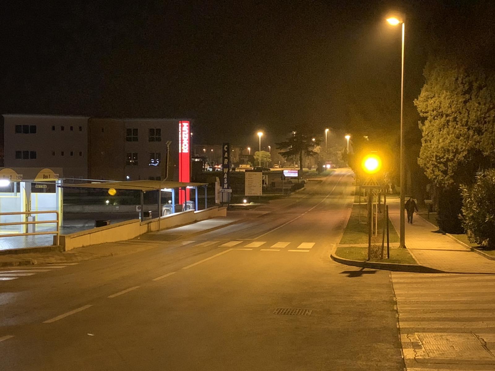 Na križanju ulica Štanga i H. Dalmatina postavljeni treptači