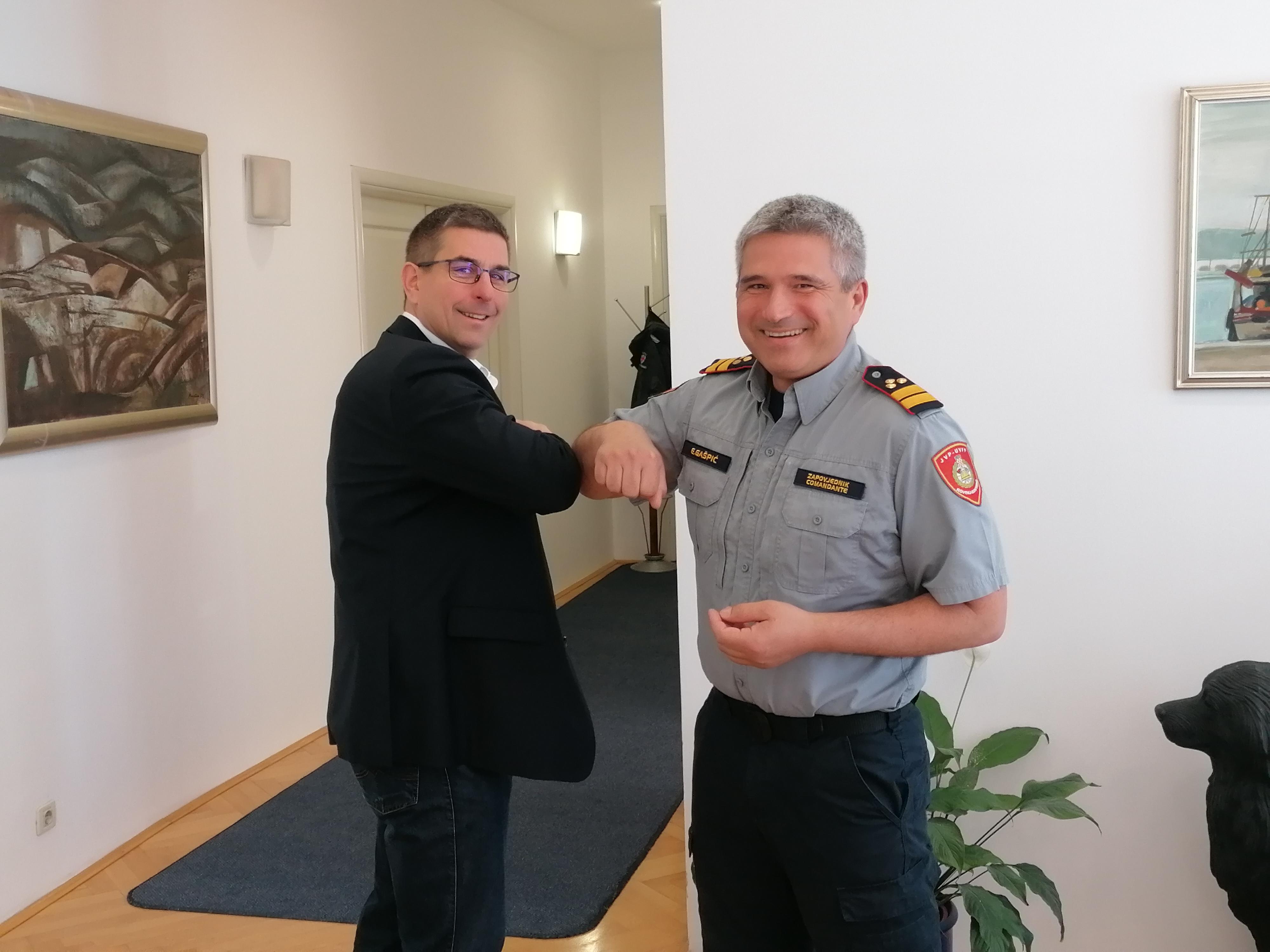 Gli auguri del sindaco Marko Paliaga e del comandante Evilijano Gašpić in occasione della Giornata della protezione civile