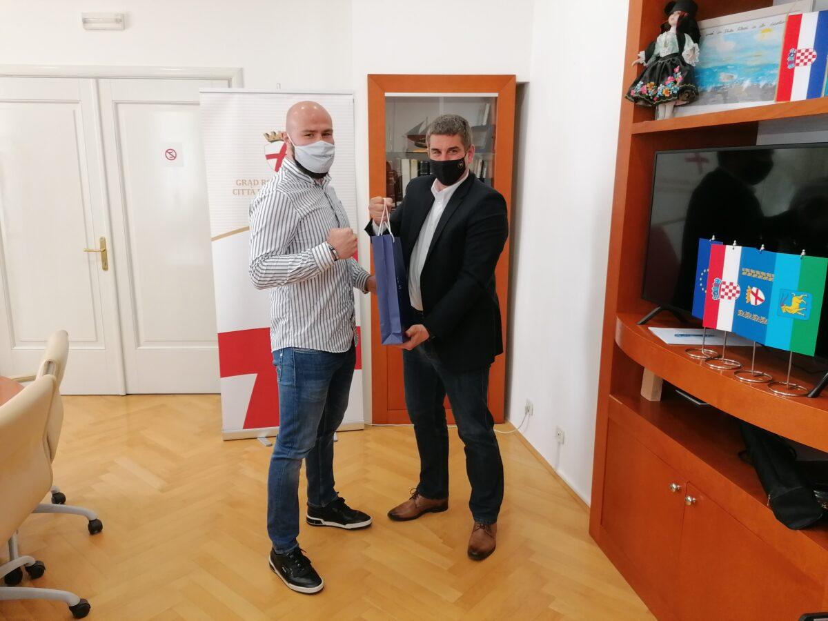 Gradonačelnik Marko Paliaga primio boksača Alena Babića - glavna fotografija