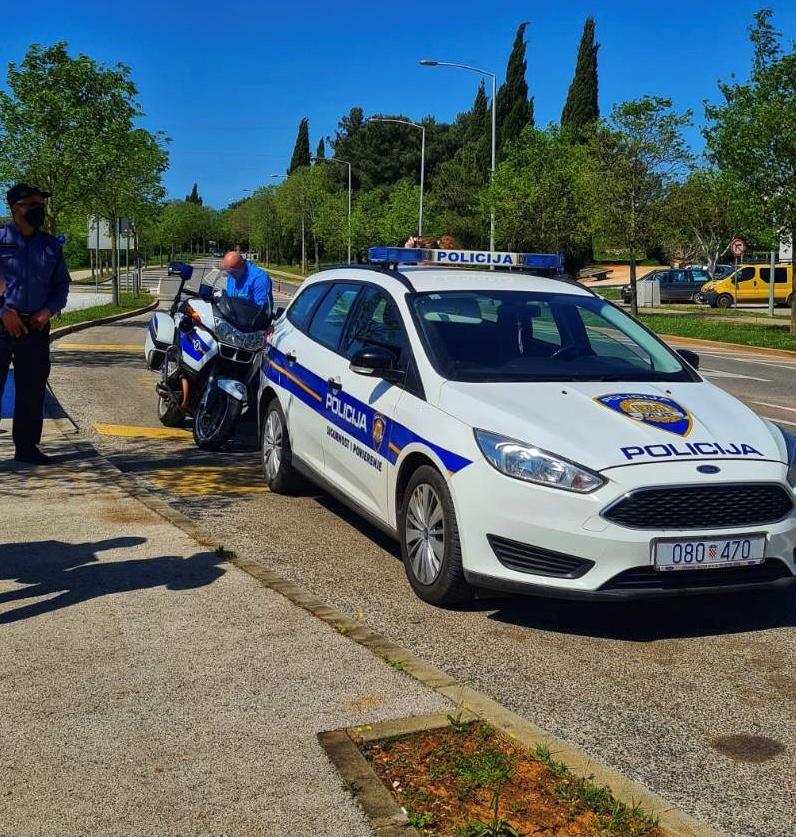 Prometni i komunalni redari Grada Rovinja-Rovigno sudjelovali u preventivnoj akciji «Dani tehničke ispravnosti motocikala»