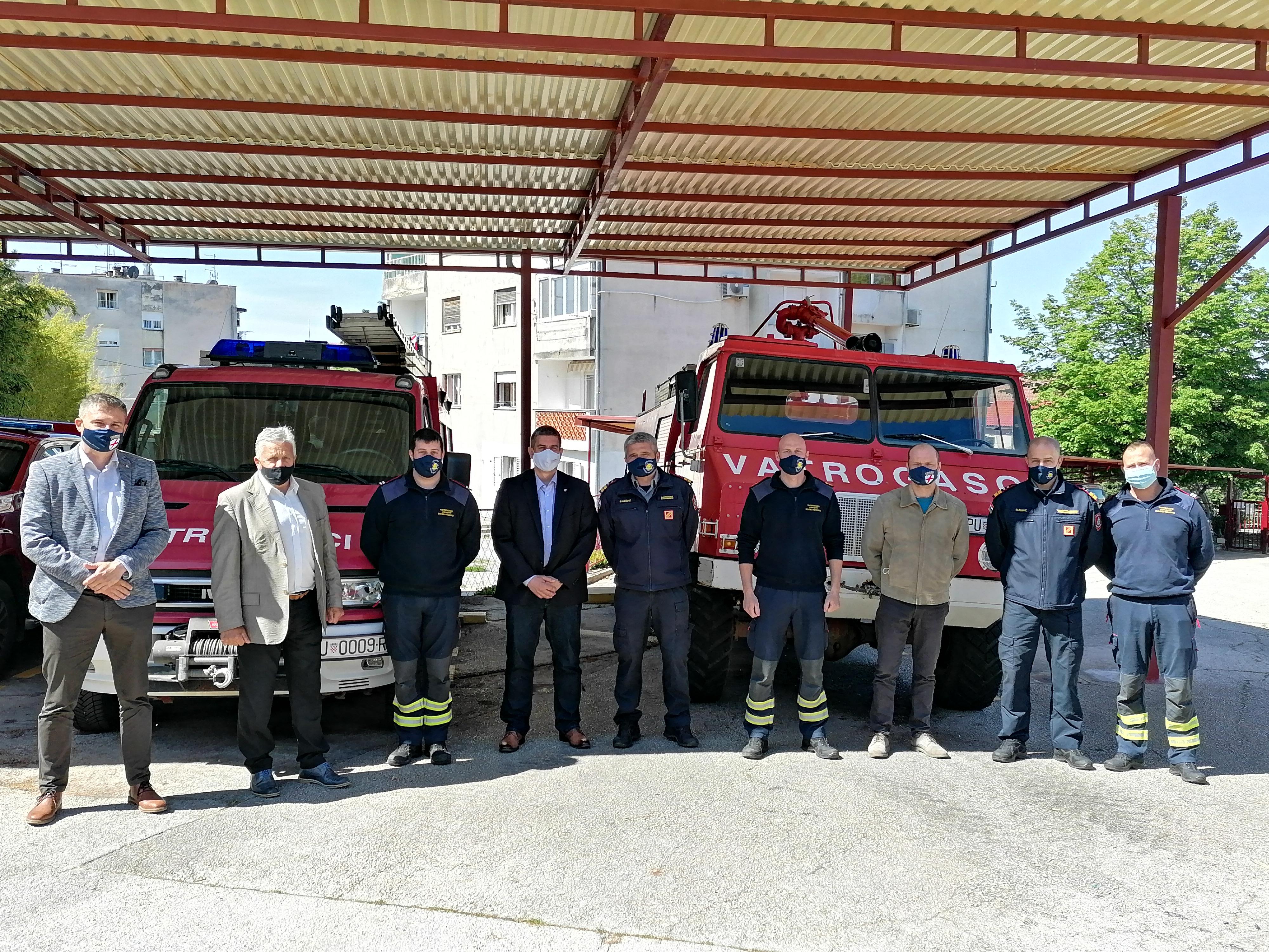Gradonačelnik Marko Paliaga rovinjskim vatrogascima i volonterima čestitao blagdan sv. Florijana