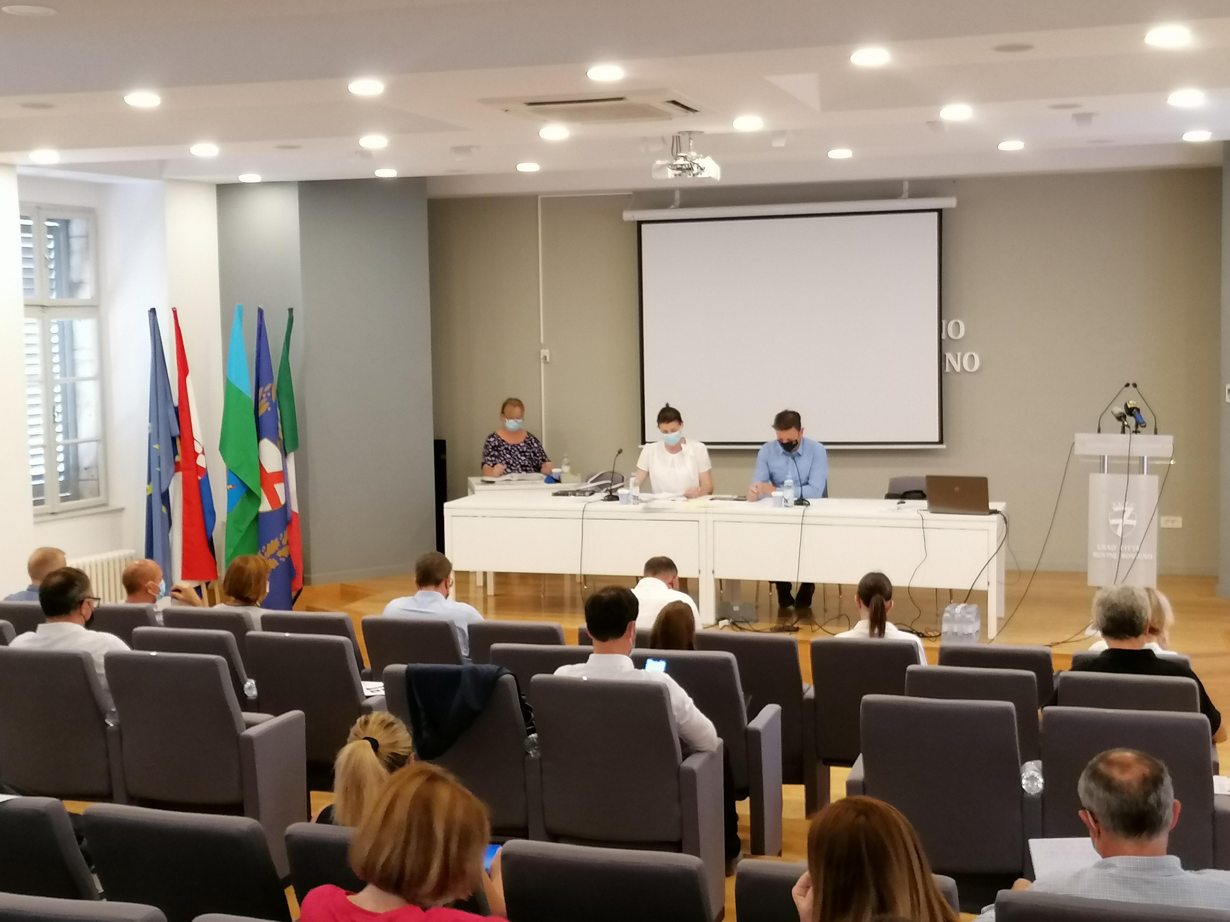 La Città di Rovinj-Rovigno ha introdotto i sussidi per gli studenti meno abbienti
