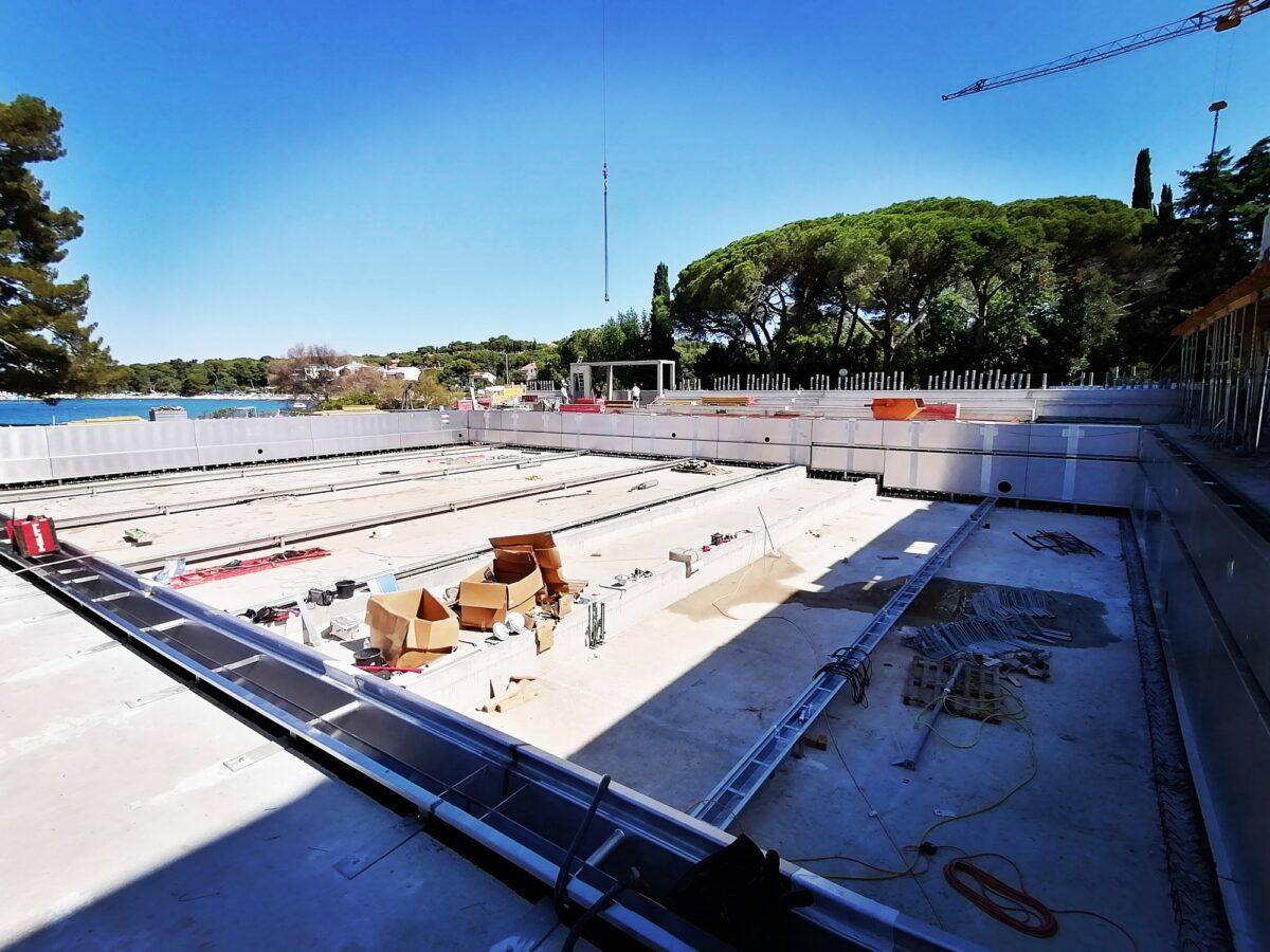 Costruzione del complesso di piscine - glavna fotografija