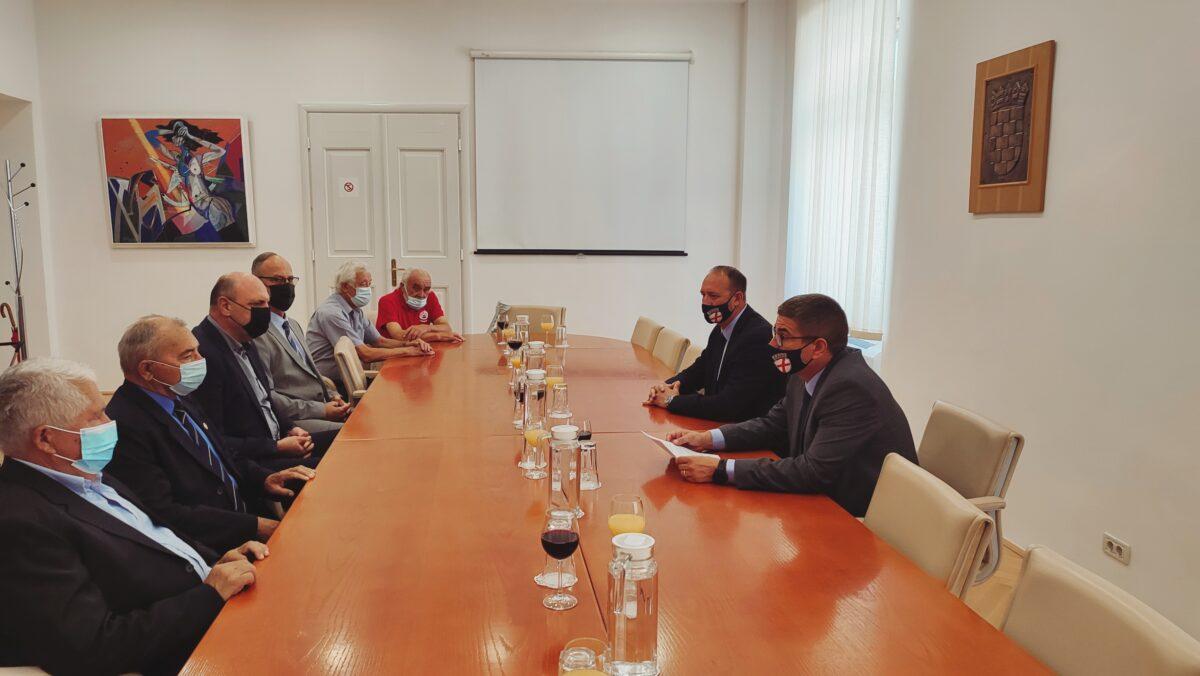 Il sindaco ha incontrato i rappresentanti della 119.esima brigata - glavna fotografija