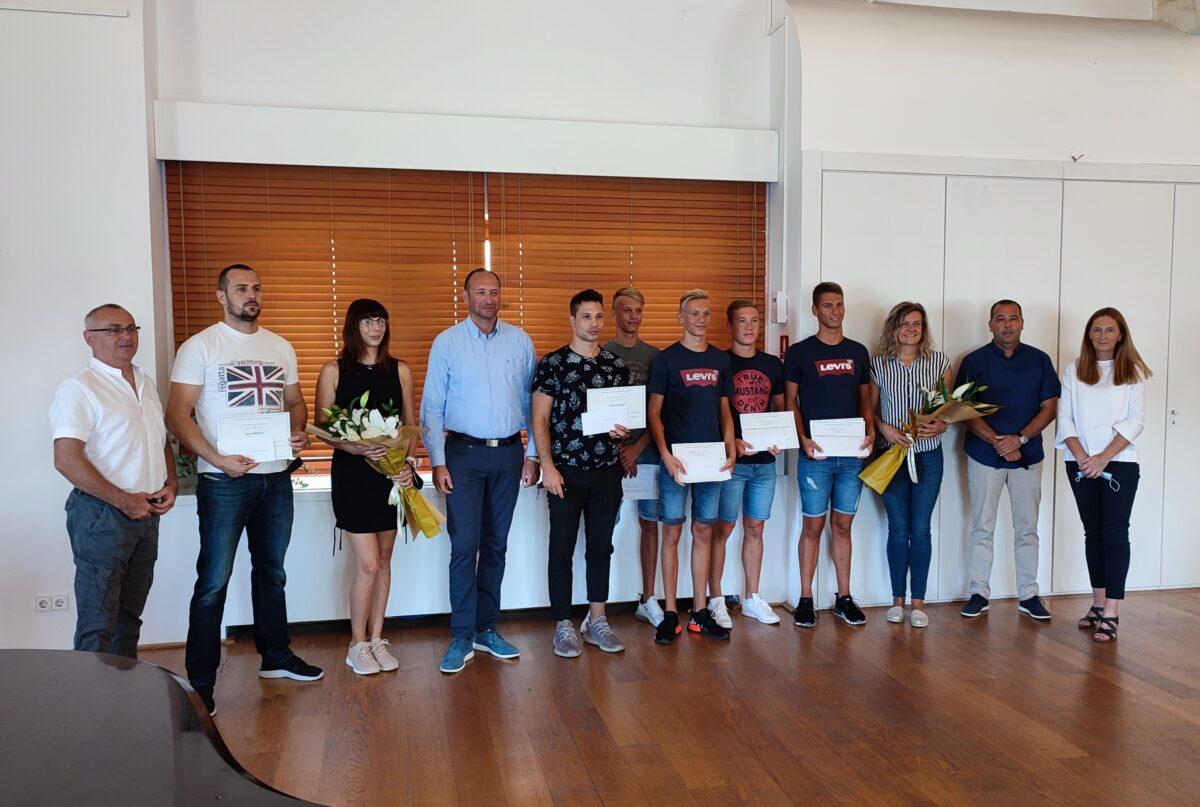 Si è tenuto l'incontro con gli sportivi rovignesi di maggior successo - glavna fotografija